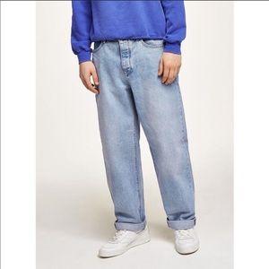 Topman Light Wash Baggy Jeans 32x34